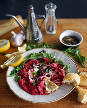 Obrázek - Skvělý Hummus s Červenou Řepou