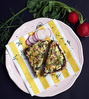 Obrázek - Jarní salát (KoproTofu Upgraded)