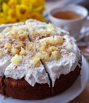 Obrázek - Ananasovo-ořechovo-kokosový dortík se šlehačkou