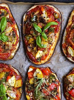 Obrázek - Letní lilkové pizzy se zeleninou
